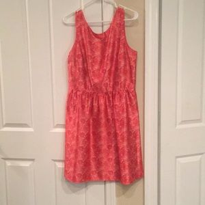 The limited coral and white dress size 12